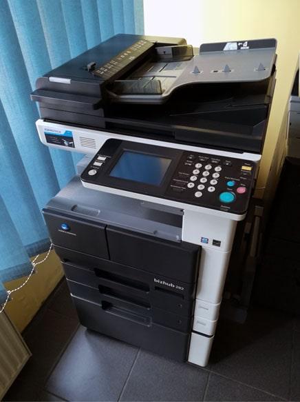 ekonomiczne urządzenie biurowe Bizhub 222 Kserotech