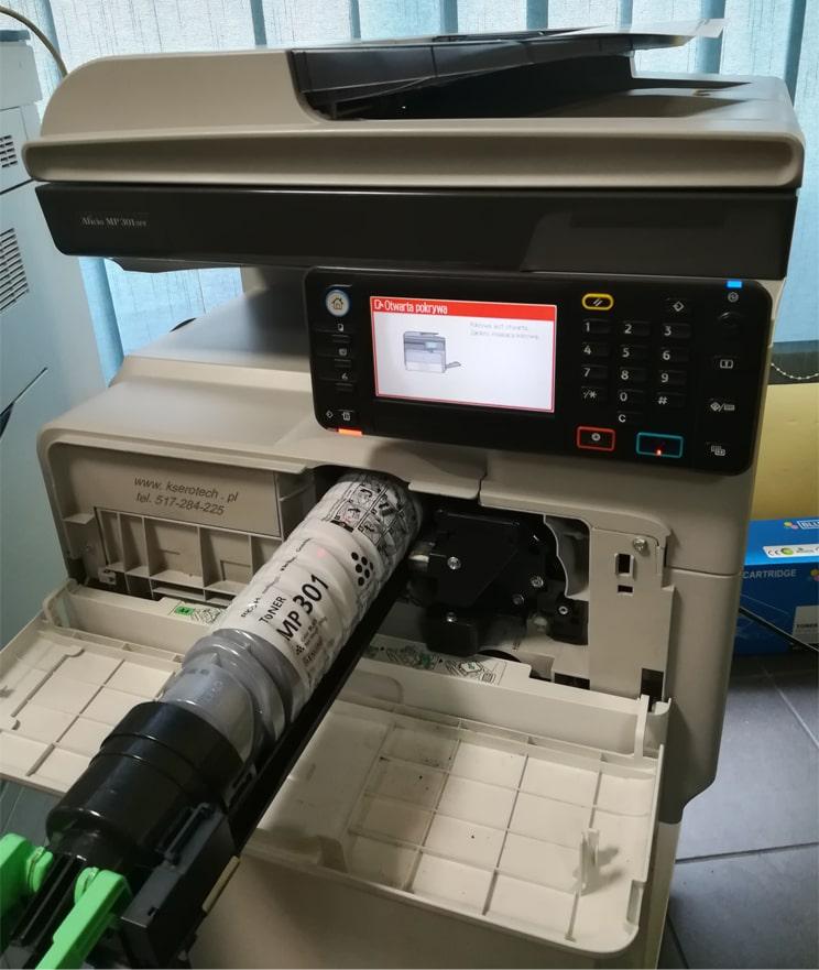 niskie koszty utrzymania kserokopiarki A4